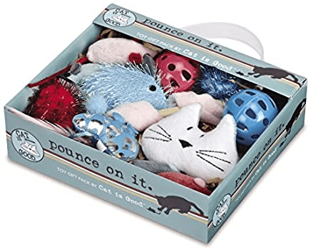 Cat Is Good 12-Piece Pounce Toy Gifts