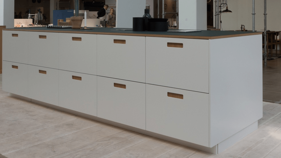 Reform Furniture  Cabinets Companies